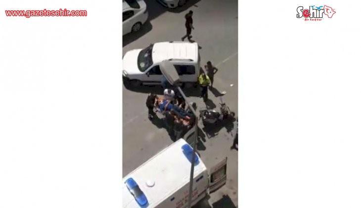 Otomobile çarpan motosikletli sürücü yaralandı
